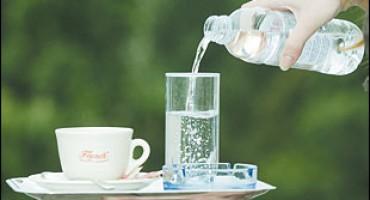 Plastičnu bocu ne smijete koristiti više puta, a evo i zašto