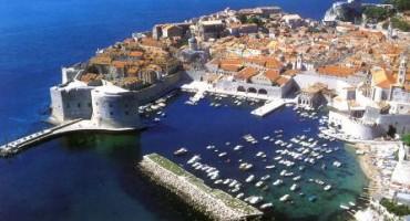Dubrovnik: Povećane cijene parkinga kod povijesne jezgre, preskupo i za strane goste?