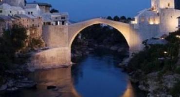 Mostarski vicevi:  Kad sarajlija traži Stari most