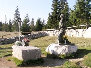 Vran planina zaborava nema! Na Kedžari kod Divina groba, služena sveta misa za duvandžije