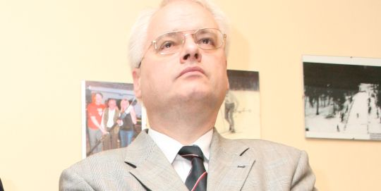 HHO optužio Josipovića da je htio uređivati Dnevnik!