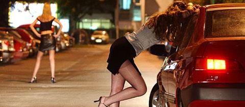 Prostitutka iz BiH prisiljavala ne seks mušteriju u koju se zaljubila