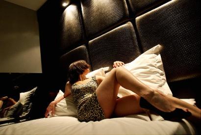 Angažirao prostitutku, a na vratima hotelske sobe pojavila se njegova kćerka