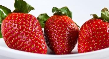 Trgovine u BiH preplavile otrovne jagode, sadrže kemikalije koje se povezuju s rakom