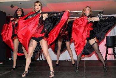 Domaće Showgirls pokazale svoj erotski ples