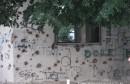 Staklena banka ruglo grada Mostara