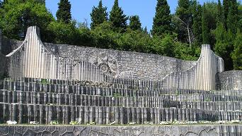 Partizansko groblje opet devastirano