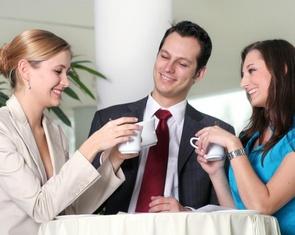 Kako preživjeti romansu s kolegom na poslu i proći nekažnjeno