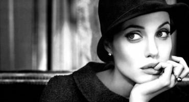 Angelina Jolie baš nema sreće,otkriven rani stadij raka