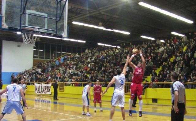 Košarkaši Čapljine u četvrtfinalu Kupa BiH pobijedili Zrinjski rezultatom 96:78