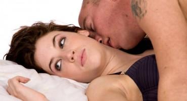 Pogledajte deset pitanja mladih o seksu koji će vas šokirati