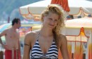 Michelle Hunziker u bikiniju uživa na plaži