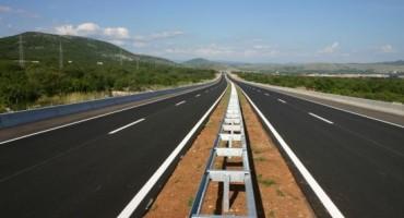 Kroz Liku na autocesti A1: Trojica vozača debelo preko 200 km/h