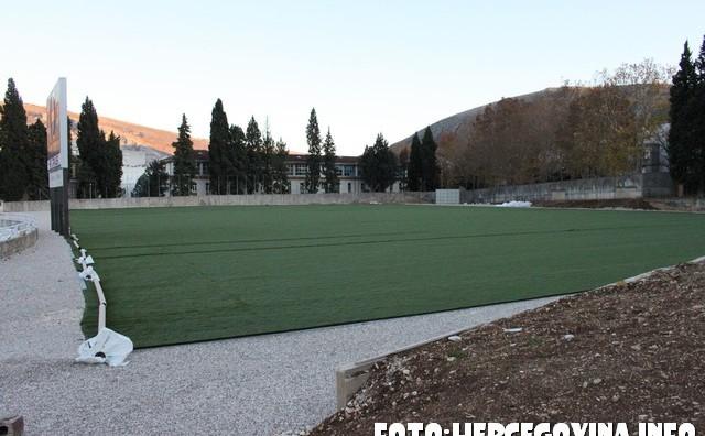 Široki Brijeg i Čapljina će dobiti potporu za izgradnju terena s umjetnom travom