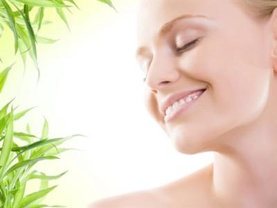 Hidratantne kreme, pravilna ishrana i zaštita od jakog zimskog sunca
