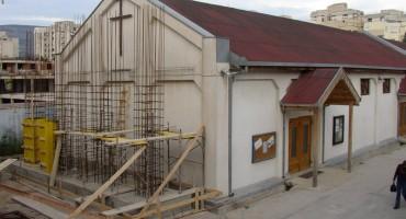CROATIA LIBERTAS osuđuje napad na Župni ured i crkvu u Mostaru