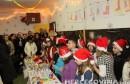 Mostar: U Trećoj osnovnoj školi otvaren Božićni sajam