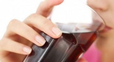 Što se događa s tijelom 1 sat nakon ispijanja gaziranog soka