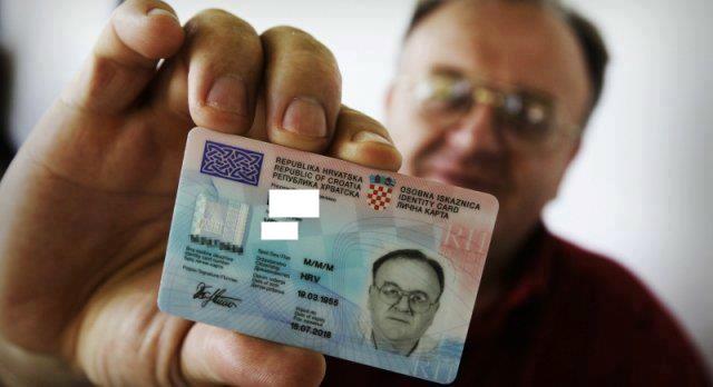 U prva dva dana za nove hrvatske osobne iskaznice zahtjeve predaju i bh Hrvati