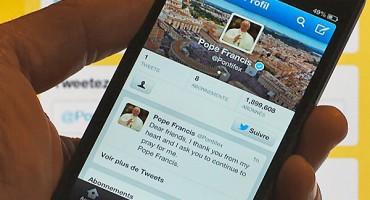 Svaki dan papa Franjo objavi poruku na društvenoj mreži Twitter
