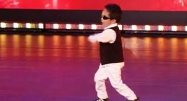 Četverogodišnjak izveo Gangnam Style koji je pogledalo oko 3 milijuna ljudi