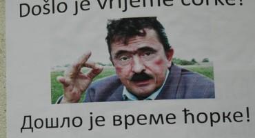 Osvanuli plakati sa likom Srećka Šojića u Vukovaru
