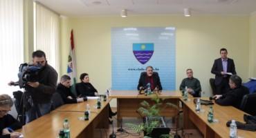 Ministar Hadžiomerović o stanju u prosvjeti u HNŽ-u