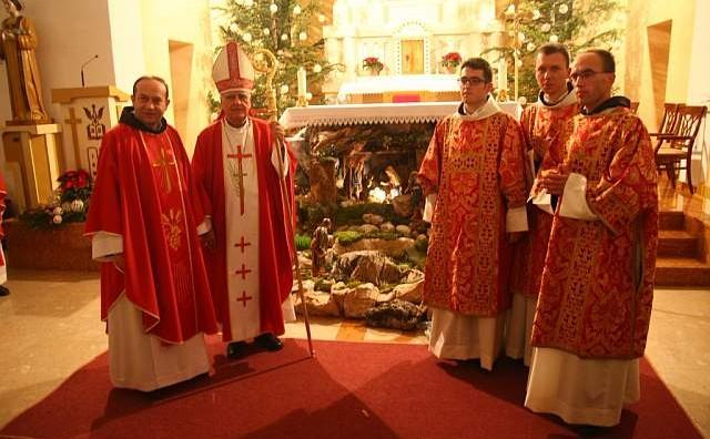 Red đakonata primili su fra Hrvoje Miletić, fra Dario Galić i fra Goran Azinović
