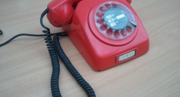 Dobri stari telefon: 11 razloga da se vratimo fiksnoj telefoniji u 2014.