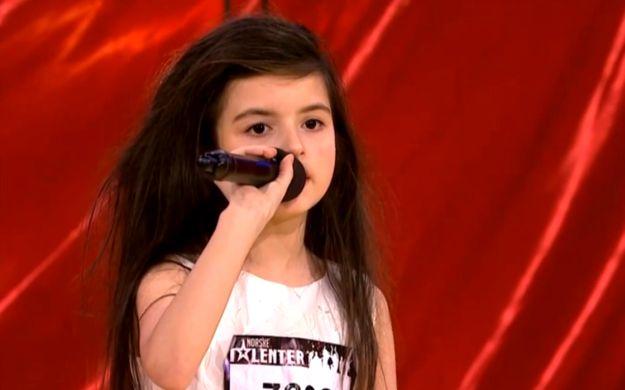 Sedmogodišnja Norvežanka oduševila svojim glasom