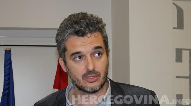 Nino Raspudić: Za čiji račun se Mostar brendira kao grad slučaj?