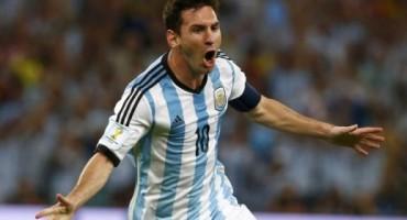 Messiju 'Zlatna lopta', Rodriguezu 'Zlatna kopačka', Neueru 'Zlatna rukavica'