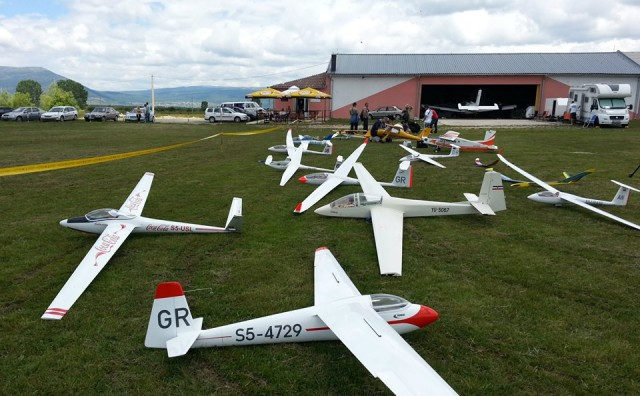 Aeromiting i natjecanje modelara na Mostarkom Blatu