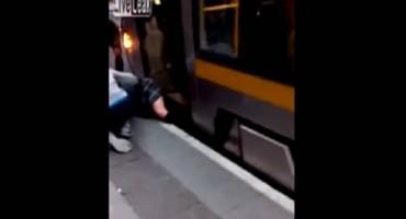 Zagreb tramvaju sex u U tramvaju