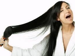 4 načina da izravnate kosu prirodnim putem