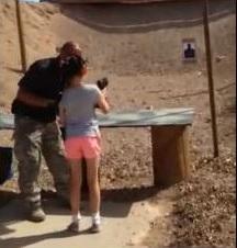 Djevojčica (9) slučajno ubila strojnicom instruktora