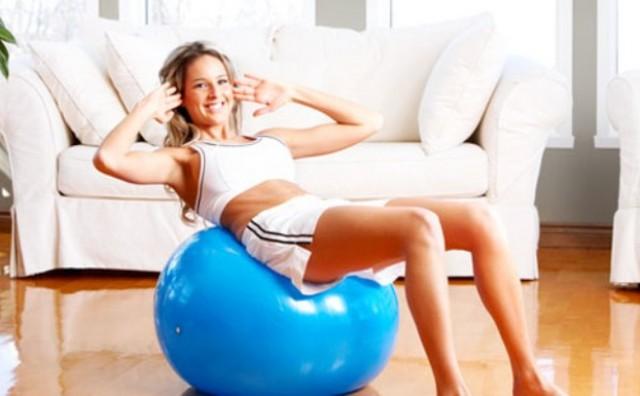 Najlakša vježba koja će u dva tjedna smanjiti trbuščić