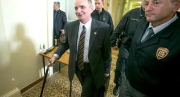 Branimir Glavaš: Na čelu Srbije nisu normalni političari