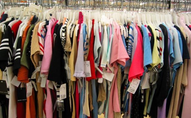 Zašto se današnja odjeća raspada nakon nekoliko nošenja?
