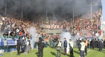 Žestoki navijački neredi na utakmici Željezničar-Sarajevo