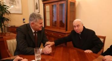 Apostolski nuncij u BiH kardinal Pezzuti čestitao Čoviću na izboru u Predsjedništvo BiH