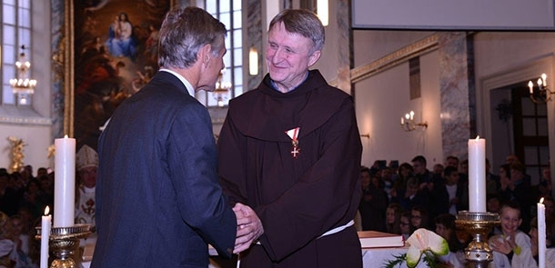 Provincijalni ministar fra Ilija Vrdoljak primio Zlatni križ časti
