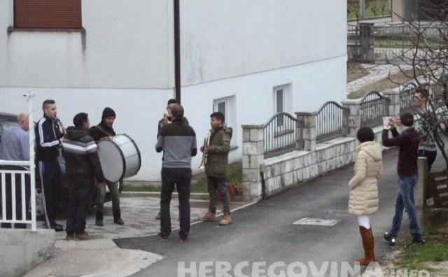 Mostar: Trubači razveselili i prigradska naselja