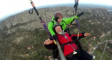 Devedesetogodišnjak letio nebom iznad Ljubuškog