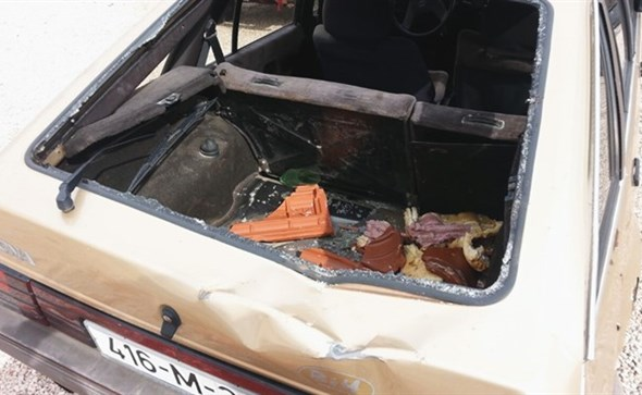 Bura uništila vozila u širokobriješkom naselju Oklaji