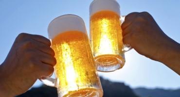 Cijeli život krivo točite pivo: Evo kako vas neće napuhavati