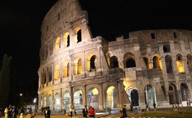 Evakuiran glavni željeznički kolodvor u Rimu