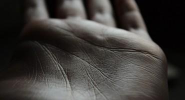 Pogledajte u svoj dlan, ako imate slovo `M`, doznajte što to znači