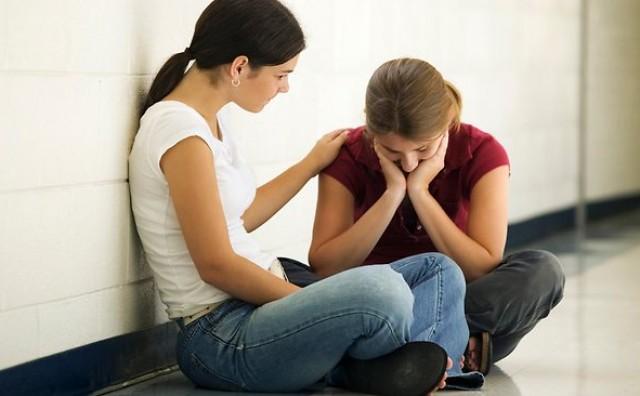 Potpora prijatelja u borbi protiv bola može biti učinkovitija i od morfija