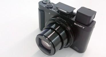 Novi Sonyjev DSC-HX90V